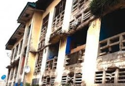 Police live in Deplorable Conditions