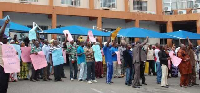 PHCN-WORKERS-PROTEST-IN-ABUJA1