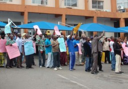 """Workers Defy """"No Work, No Pay"""" …as strike paralyses Ogun state"""