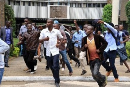 protesting University of Nairobi students