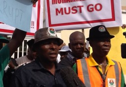 Insurance Workers Protest Victimization of Union Leaders