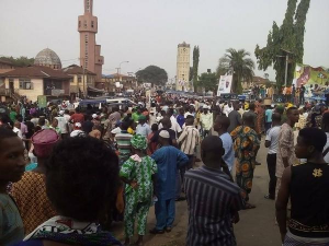 Public sector workers in Osun state demonstrate on the streets of Oshogbo